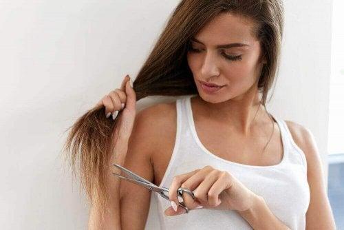 Tips for å fikse splittede tupper uten å måtte klippe dem