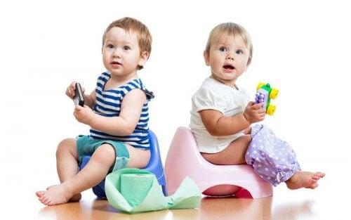 Hvordan barnet ditt reagerer når du begynner med pottetrening