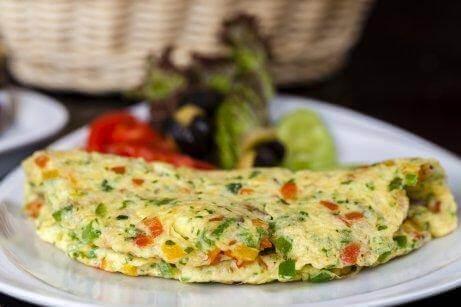 omelett med brokkoli