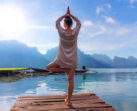 Hva er den beste måten å praktisere yoga på?