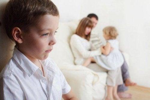 Å takle søskensjalusi: Det er opp til foreldrene