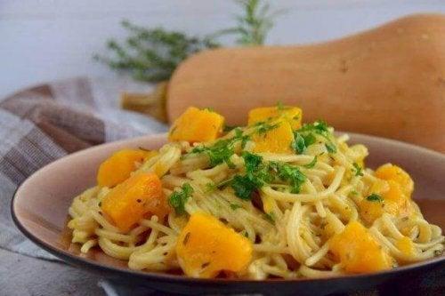 Gresskar og spagetti: prøv denne deilige oppskriften