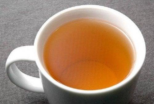 te av olivenblad for å behandle hypertensjon