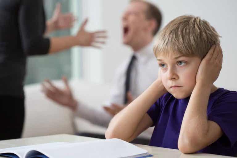 5 effekter det å krangle hjemme har på barna