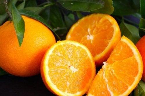 Appelsinen er en deilig frukt som kan brukes på mange måter.