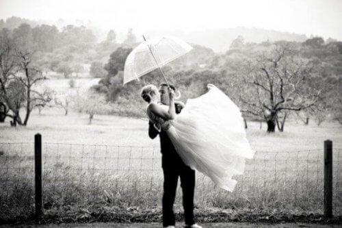 Å gifte seg ung var veldig vanlig for bare et par tiår siden.