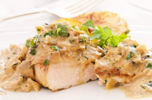 Oppskrift på deilig kyllingbryst i ostesaus