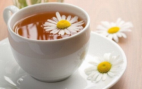 kamille te for å berolige fordøyelsen