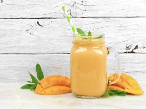 mango og kokosmelk