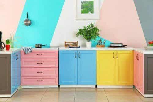 Tips for å renovere kjøkkenet uten at det koster skjorta
