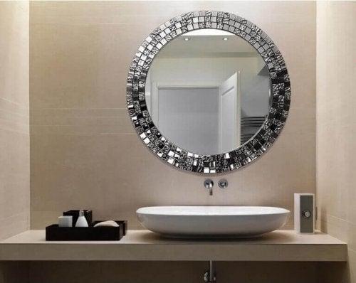 Inspirasjon til badet: speil.