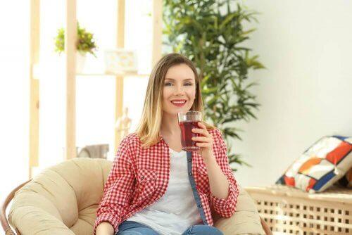 Helsefordelene med rød te og effekten på vekttap