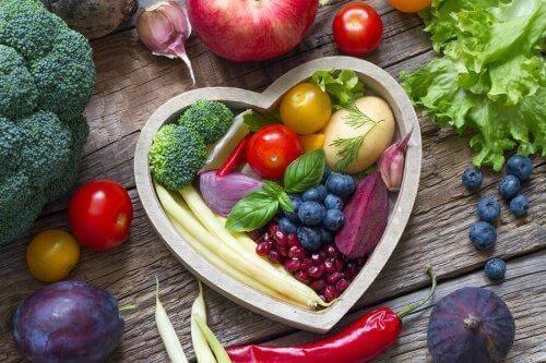 Enkle endringer som vil gjøre måltidene dine sunnere