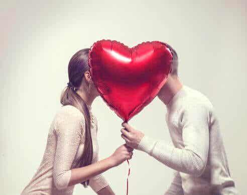 6 ting lykkelige par gjør hver uke