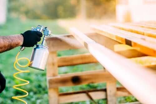 Forny hjemmet ditt med spraymaling