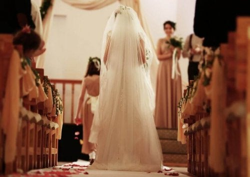bryllupssangene for når bruden går ned midtgangen