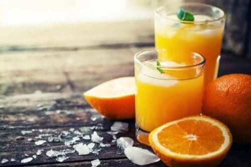 Appelsiner kan også hjelpe dersom du lider av forstoppelse.