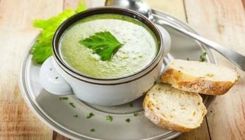 Tre deilige oppskrifter på grønnsakspaté