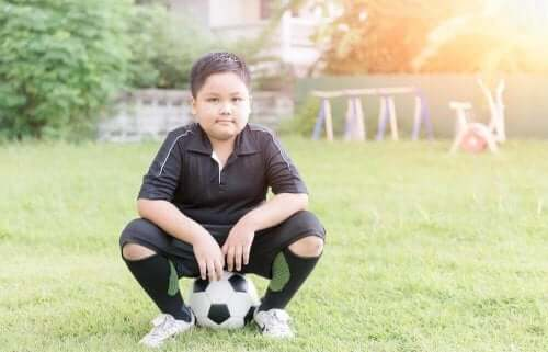 Morsomme øvelser for å bekjempe overvekt hos barn