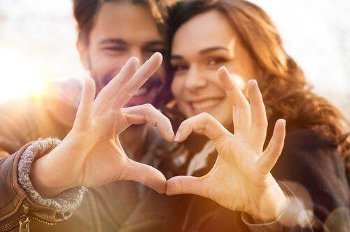 Avslørende tegn på at du virkelig er forelsket.