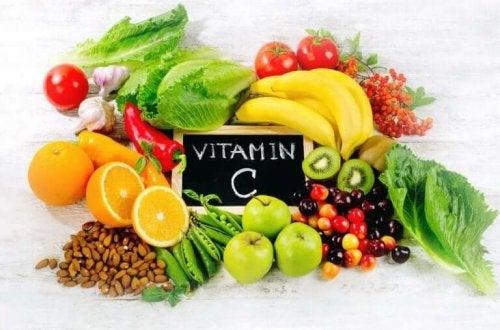 C-vitamin for å gjøre at huden din ser ung ut