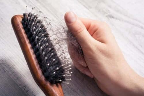 Syv gode tips for å redusere håravfall