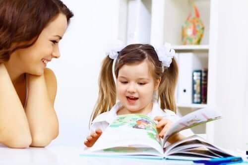 Hvordan få barn interessert i å lese?