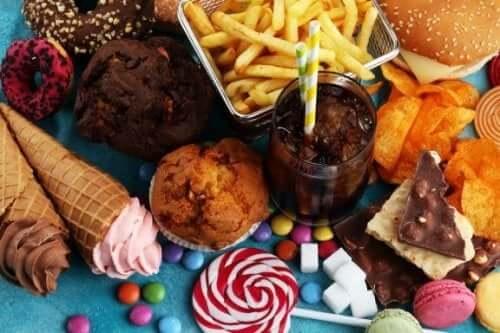 Åtte matvarer du burde unngå å spise for enhver pris