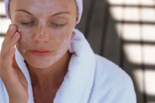 De beste ansiktsmaskene – Fuktighet og eksfoliering