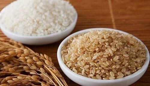 Ris er grunnlaget til en deilig bibimbap.