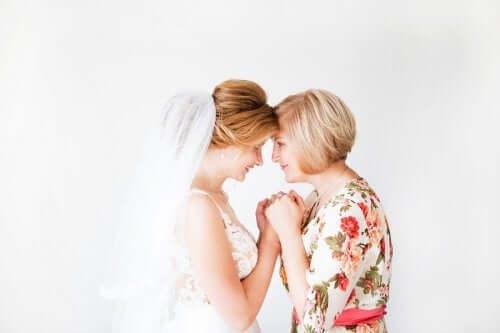 6 tips til antrekk for brudgommens eller brudens mor