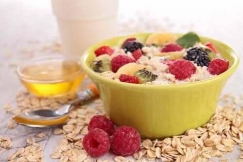 5 måter å redusere kolesterolet i frokosten på