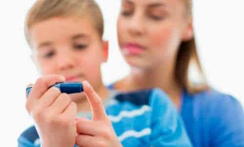 Hvordan oppdra et barn med diabetes type 1?
