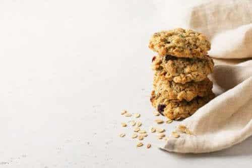 Sukkerfrie havrekjeks uten smør som er enkle å lage