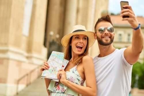 Par på bryllupsreise