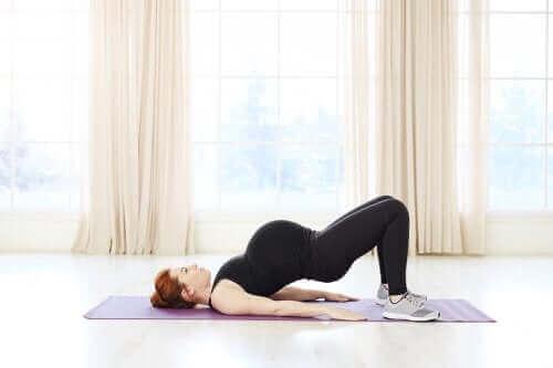 Pilates under graviditeten