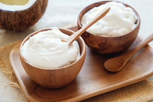 Yoghurtdressing er en type salatdressing med få kalorier.