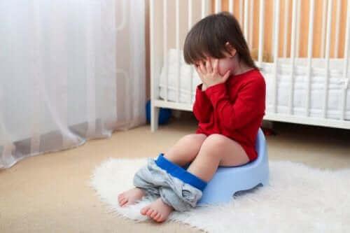 Hvordan forhindre kvalme og oppkast hos babyer