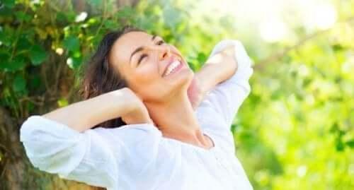 Fem naturlige midler for å reparere skadet hår