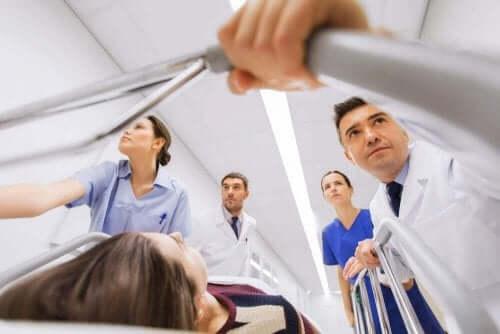 En pasient med Addisons sykdom på sykehuset.