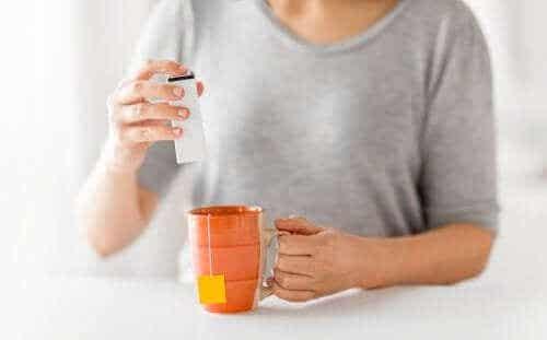 Kan kunstige søtningsmidler bekjempe fedme?