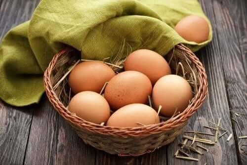 Kurv med egg.