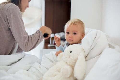 Hypotermi hos barn: Dette bør du gjøre