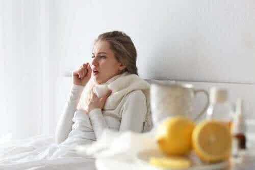Råd for å overvinne forkjølelsen hjemme uten medisiner