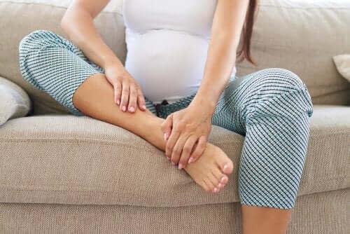 Massasje før fødselen lindrer kroppen.