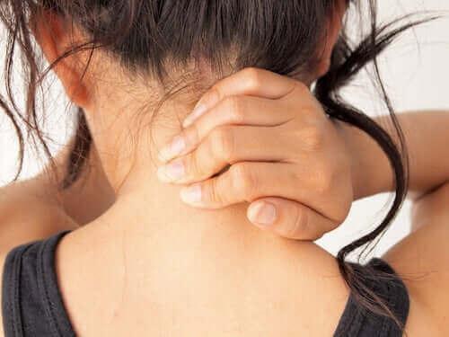 Myasthenia gravis kan svekke musklene i nakken.