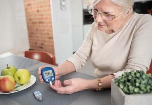 Lær hvordan du beskytter deg mot COVID-19 dersom du har diabetes