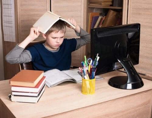Barn med opposisjonell atferdsforstyrrelse.