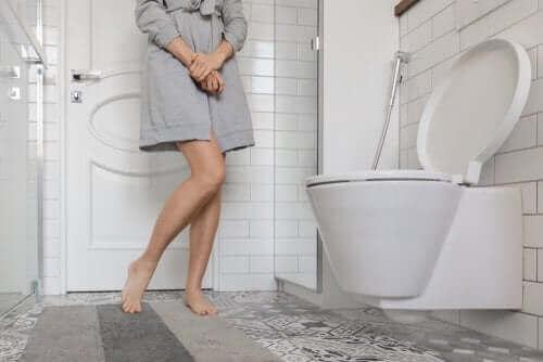Tilstanden urininkontinens: årsaker og behandlinger
