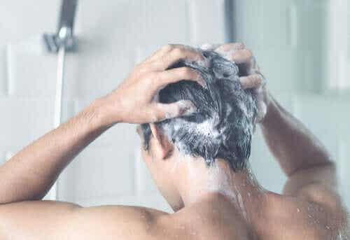 Er det viktig å dusje hver dag i hjemmekarantene eller -isolasjon?